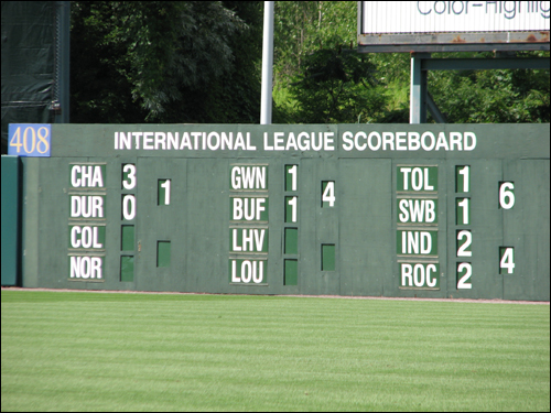 alliance-bank-stadium-scoreboard2.jpg