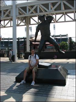 bob-feller-statue.jpg