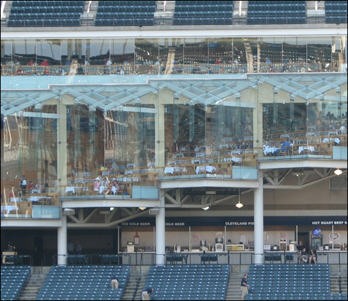 progressive-field-restaurant.jpg