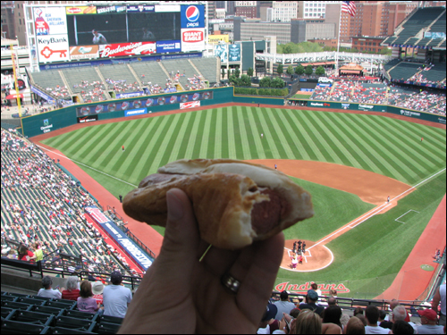 progressive-field-hotdogh.jpg