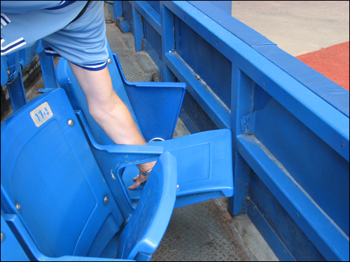 rogers-centre-seating-fail2.jpg