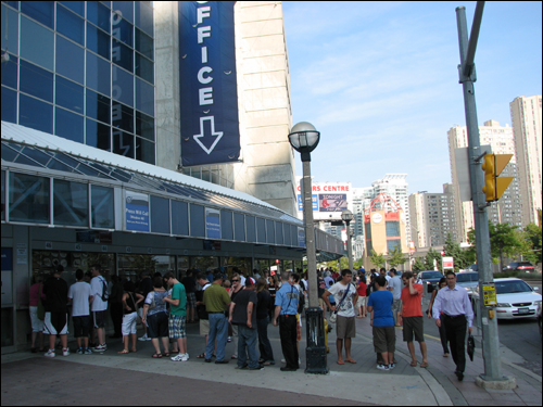 rogers-centre-ticket-office.jpg