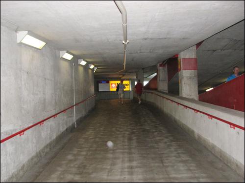 rogers-centre-walkway-ramp.jpg