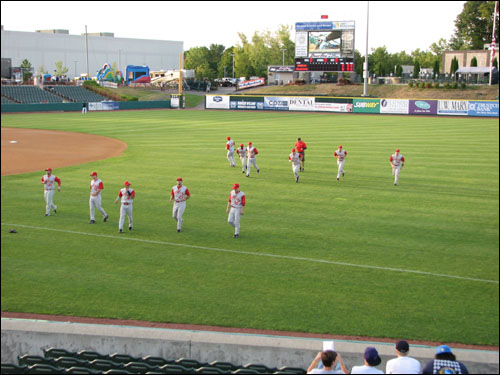 brooklyn-cyclones-warmup.jpg