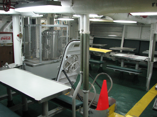 battleship-cove-uss-joseph-p-kennedy-inside