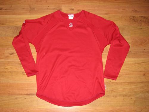 lowell-spinners-pullover-front