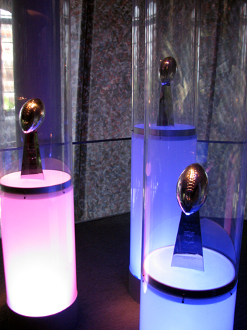 new-england-patriots-lombardi-trophies