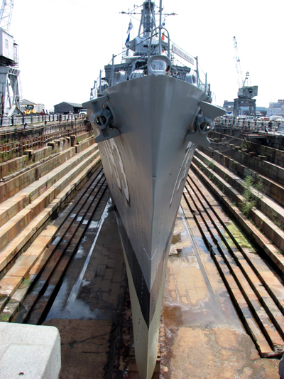 uss-cassin-young-bow-dry-dock