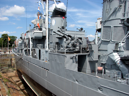 uss-cassin-young-side-view