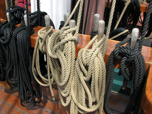uss-constitution-ropes