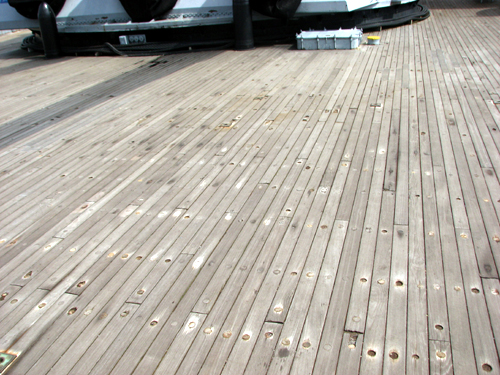 uss-massachusetts-wooden-deck