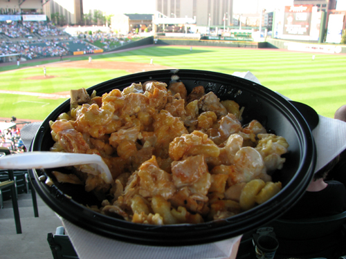 frontier-field-buffalo-chicken-macaroni-and-cheese