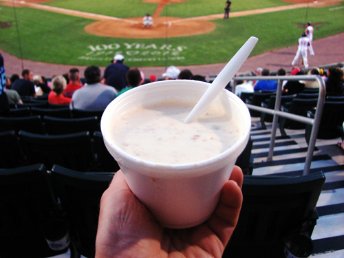 lelacheur-park-food-clam-chowder