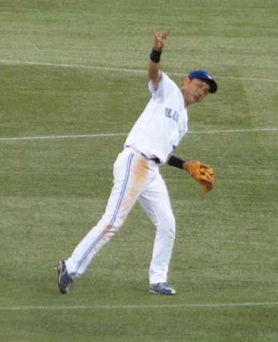 munenori-kawasaki-two-outs-sign