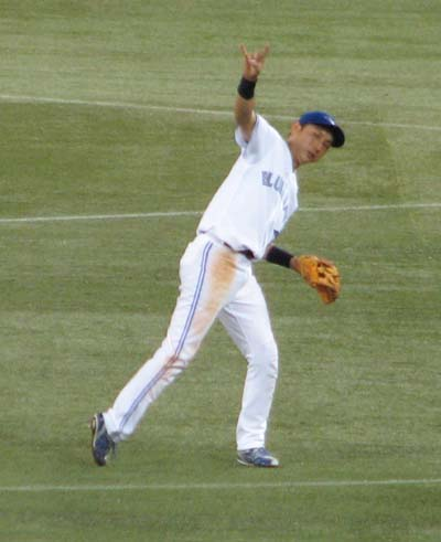 munenori-kawasaki-two-outs-sign