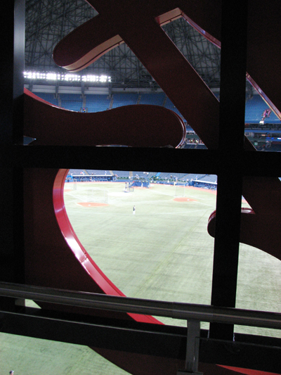 rogers-centre-behind-budweiser-sign