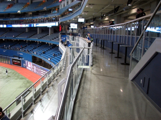 rogers-centre-jays-200-level-outfield-patio