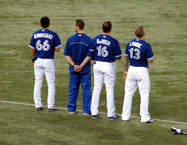 rogers-centre-jays-during-national-anthem
