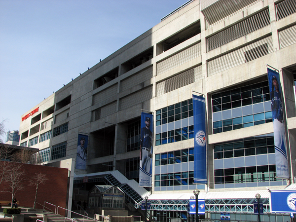 rogers-centre-outside