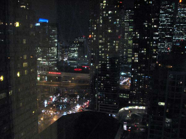 toronto-night-view-from-westin