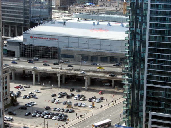 westin-harbour-castle-centre-air-canada-centre-view