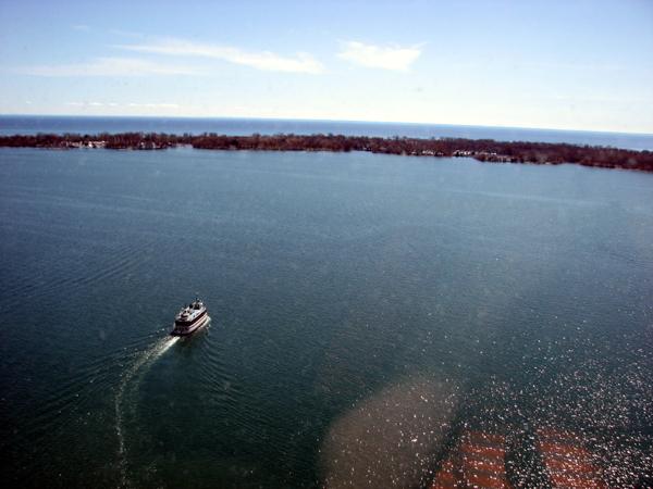 westin-harbour-castle-room-lake-view