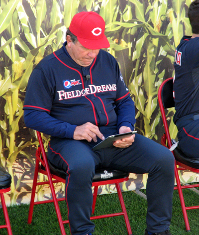 pepsi-max-field-of-dreams-johnny-bench-ipad