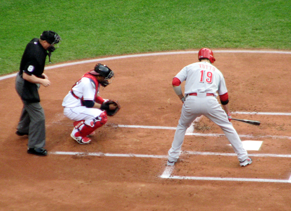 joey-votto-cincinnati-reds-at-bat