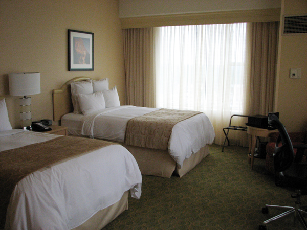 kingsgate-marriott-conference-center-at-the-university-of-cincinnati-room