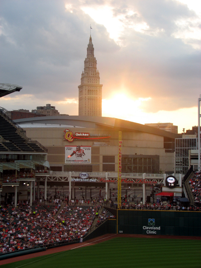 progressive-field-cleveland-sunset-over-quicken-loans-arena