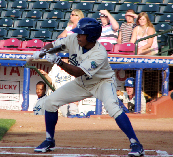 raul-mondesi-jr-lexington-legends-bunting