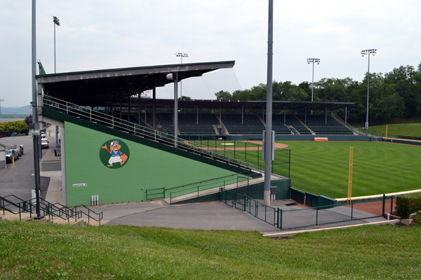 little-league-complex-lamade-stadium-side