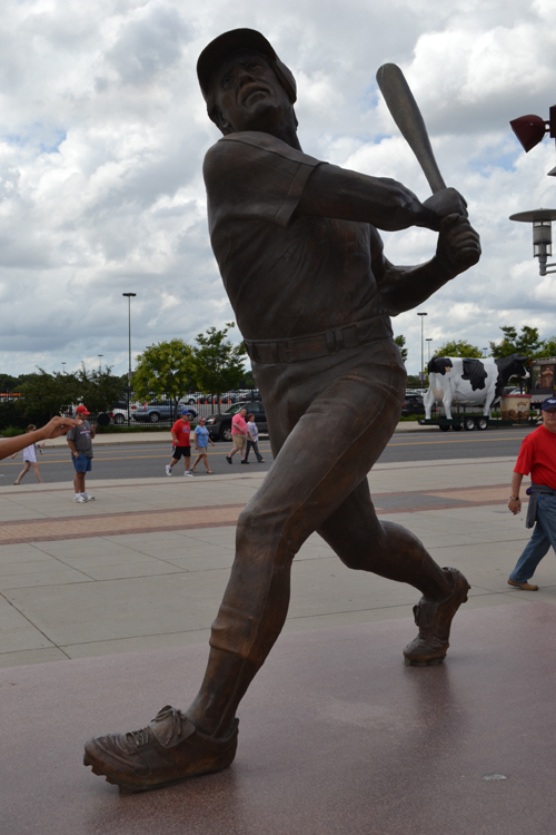 citizens-bank-park-mike-schmidt-statue