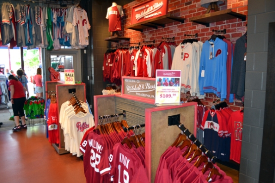citizens-bank-park-mitchell&ness-team-shop