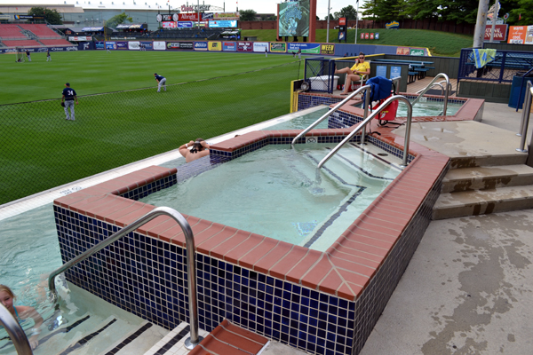 firstenergy-stadium-reading-swimming-pool