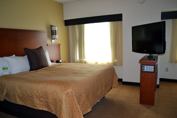 hyatt-place-philadelphia-king-of-prussia-bedroom