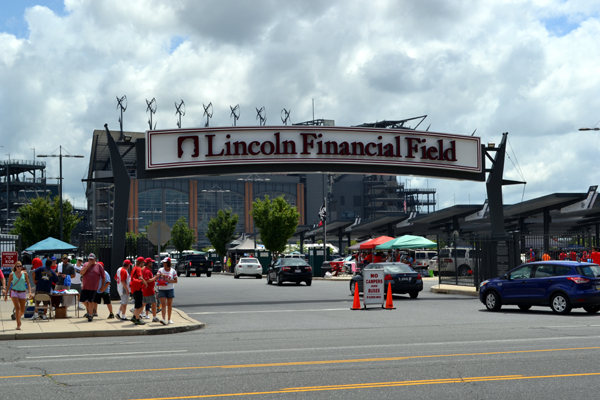 lincoln-financial-field-gate