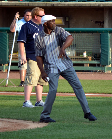 mookie-wilson-lakewood-first-pitch