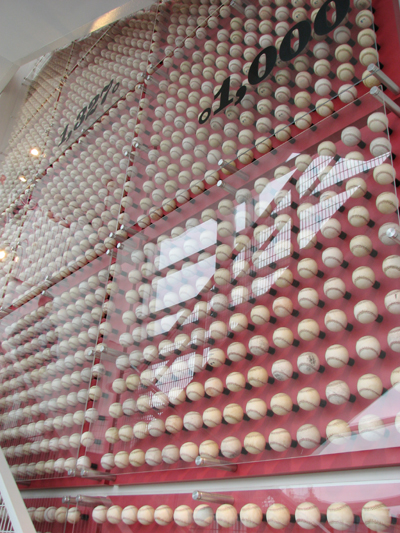 cincinnati-reds-hall-of-fame-pete-rose-balls