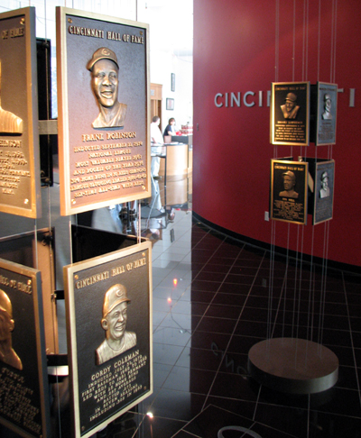 cincinnati-reds-hall-of-fame-plaques