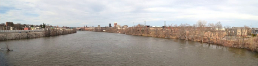 manchester-nh-bridge-panorama