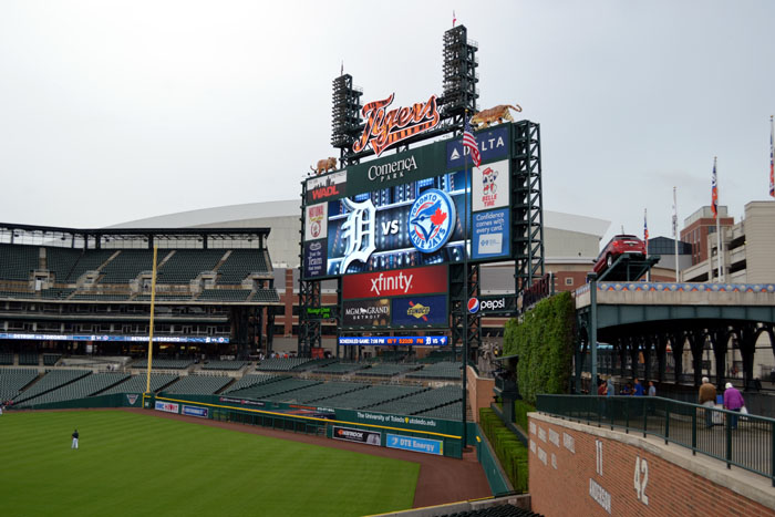 comerica-park-outfield-right-side-of-batters-eye