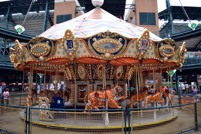 comerica-park-tiger-carousel