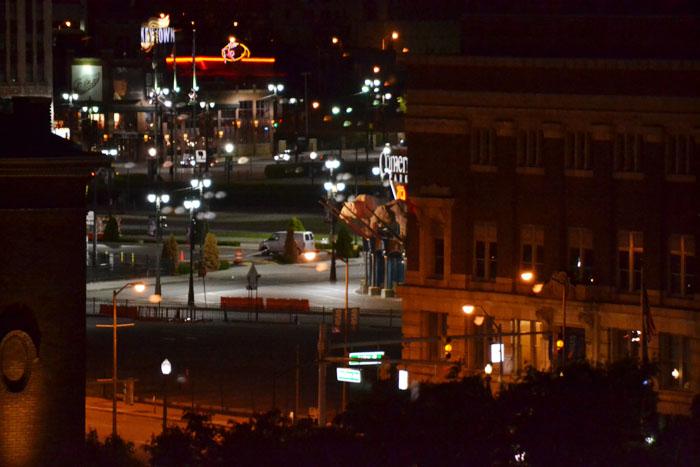 hilton-garden-inn-detroit-downtown-night-comerica-park-gate
