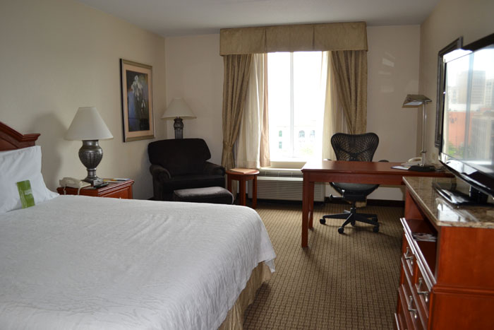 hilton-garden-inn-detroit-downtown-room