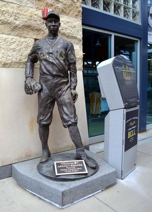 pnc-park-cool-papa-bell-statue