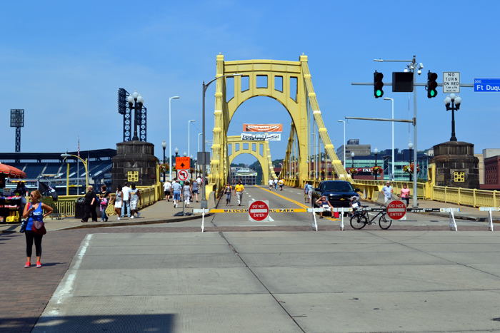 pnc-park-street-view-bridge
