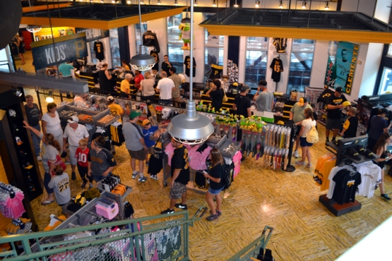 pnc-park-team-shop