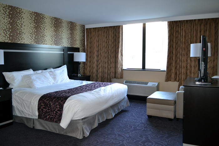 the-strathallan-suite-bedroom