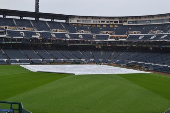 pnc-park-tarp-outfield